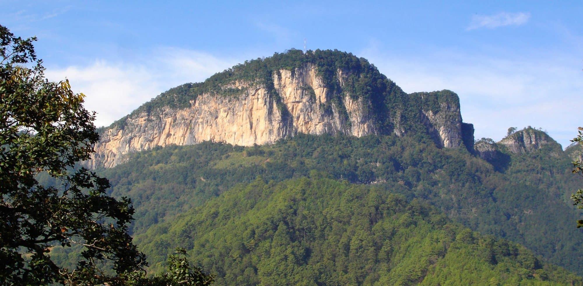 vista del cerro cabezon